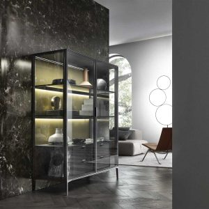 Alambra Glass cabinet with doors by Rimadesio