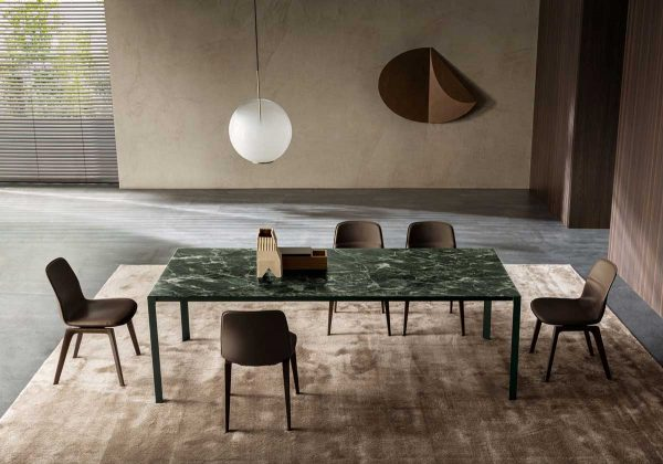 Half A Square Dining Table by Molteni&C